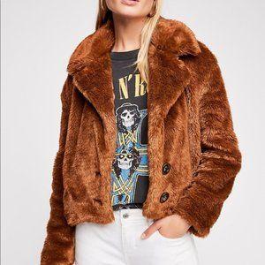 FREE PEOPLE mena faux fur cropped jacket